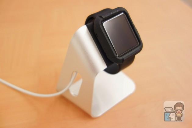 【レビュー】買って良かった!Apple Watch スタンド「Spigen S330」