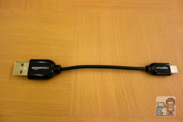 【レビュー】たった10cm!Amazon ベーシック ライトニング USBケーブル