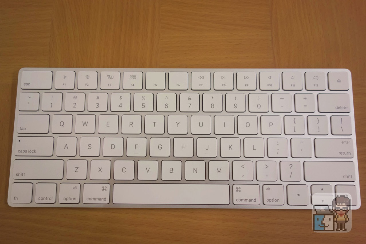 【レビュー】「Magic Keyboard」を開封してみた。- 旧モデルとデザイン・大きさ・重量の比較も