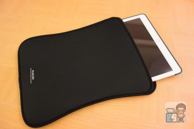 【レビュー】コスパ最強!iPad Pro をアクセサリーを付けたまま丸ごと収納できるエレコム「スリップインポーチ」