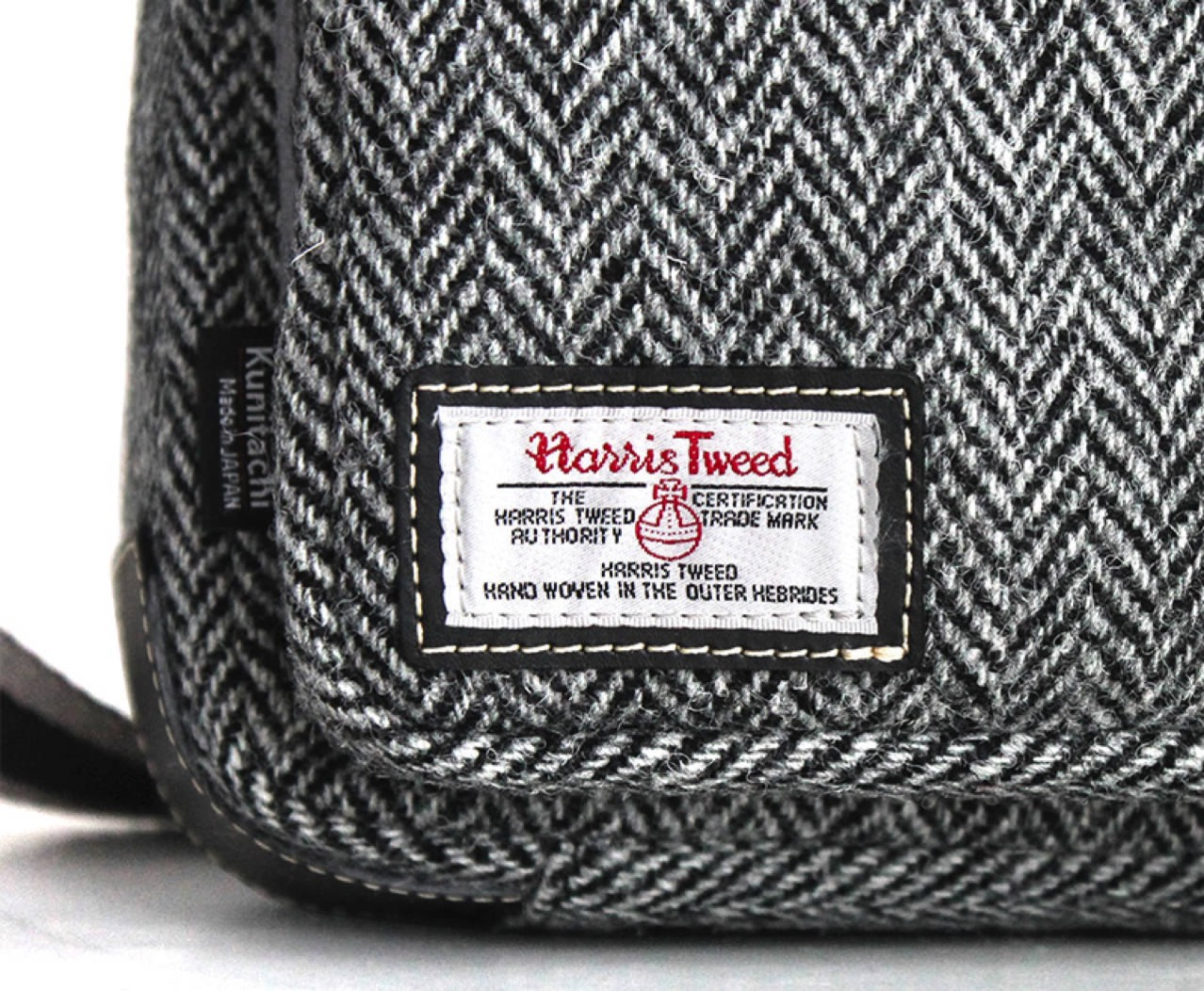 Kunitachi small shoulder bag harris tweed bespoke model for tablet2