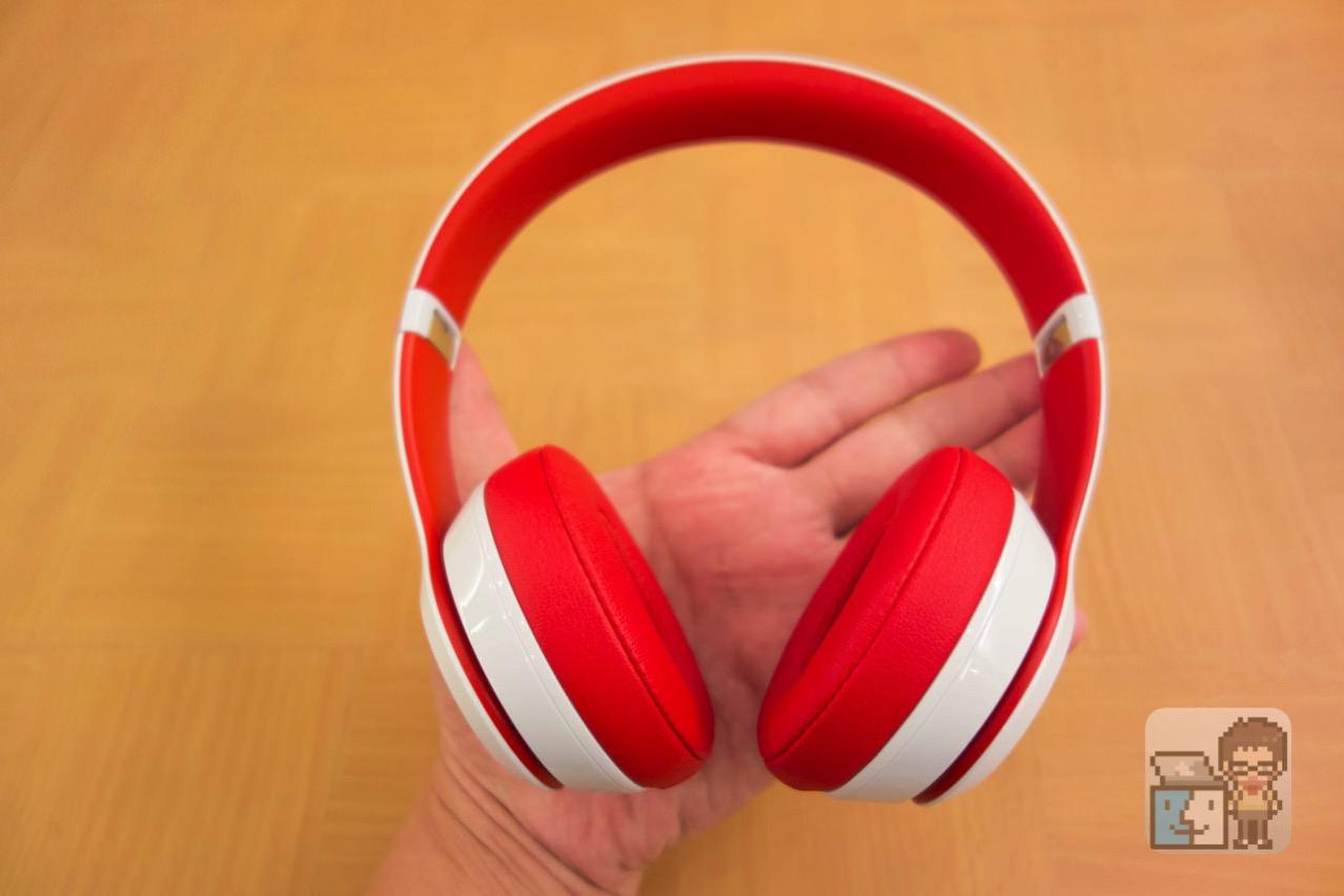 【レビュー】日本限定モデル!Beats の格好良すぎるヘッドフォン「Solo2 Wireless」を購入!外観をチェック!