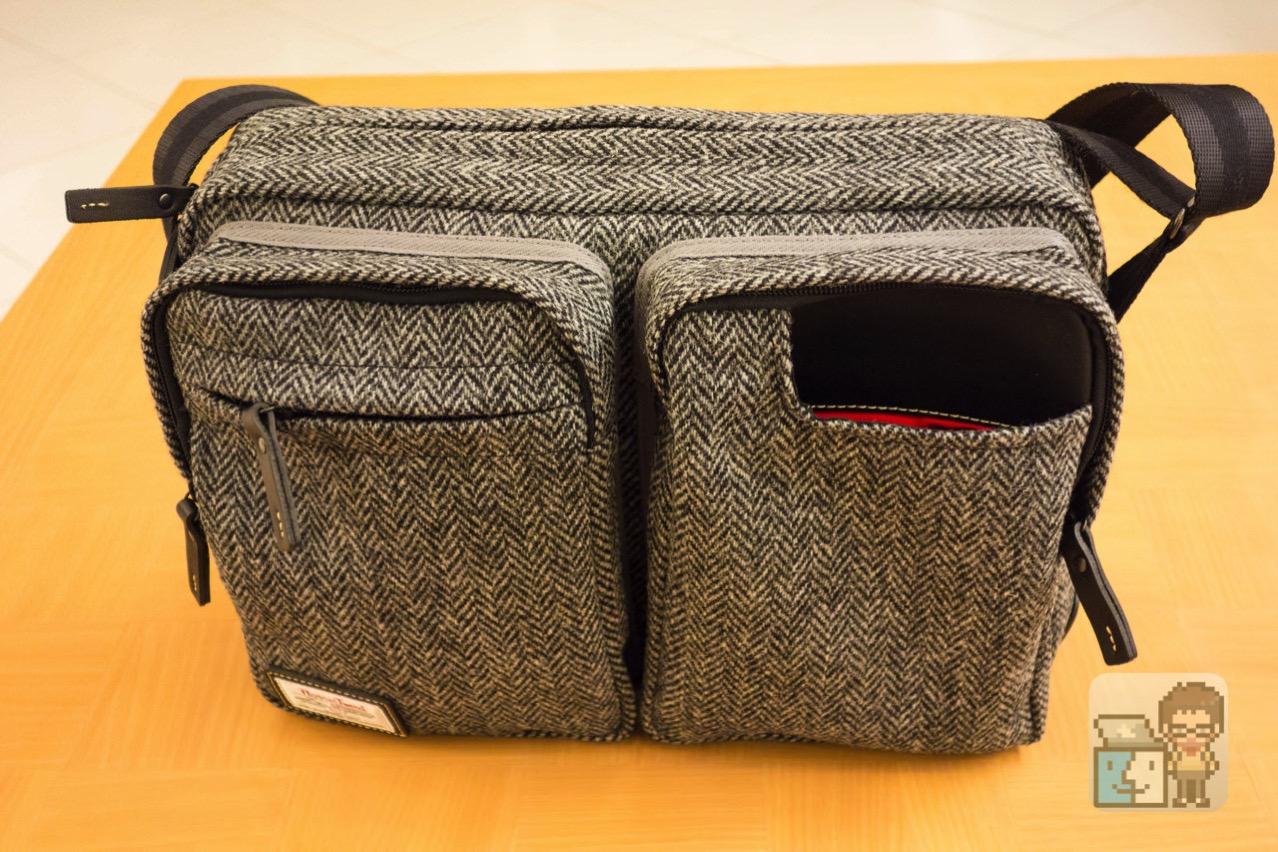 Small shoulder bag harris tweed model for the tablet10