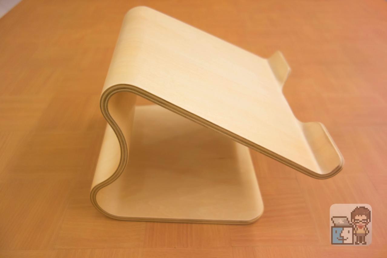 Unboxing moku desktop stool15