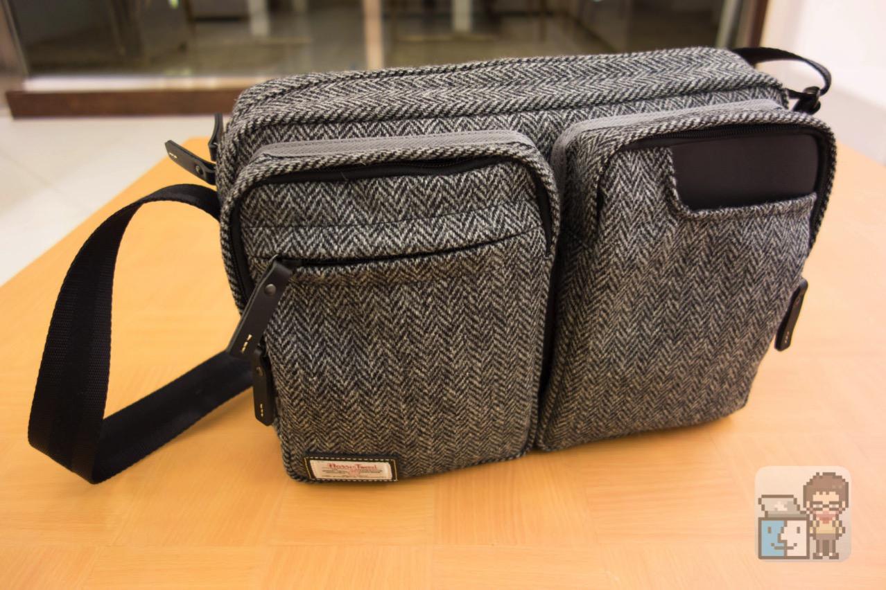【レビュー】国立商店 2016 冬春:iPad Pro を収納できる「タブレットのための小型ショルダーバッグ ハリスツイード別注モデル」