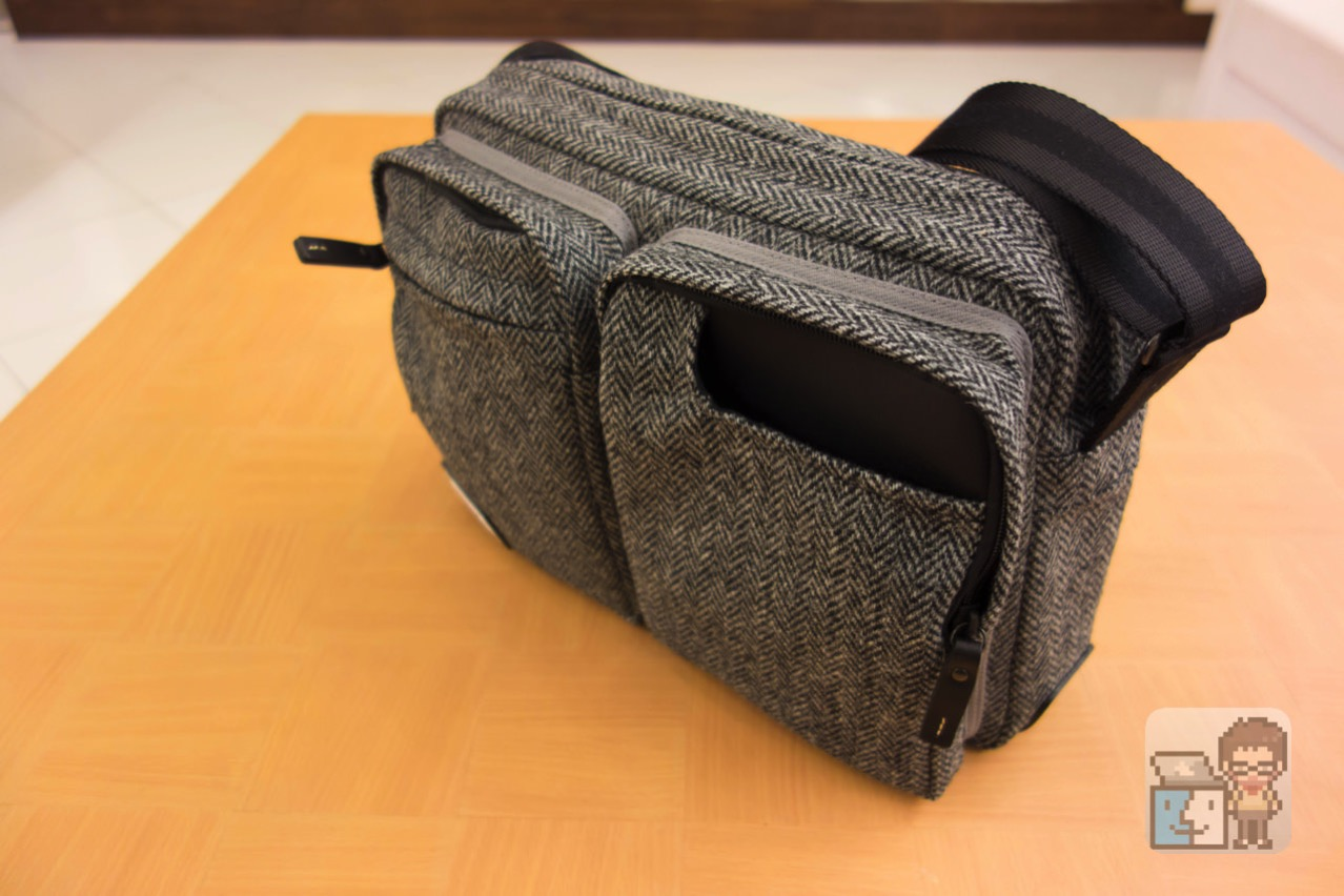 Small shoulder bag harris tweed model for the tablet13