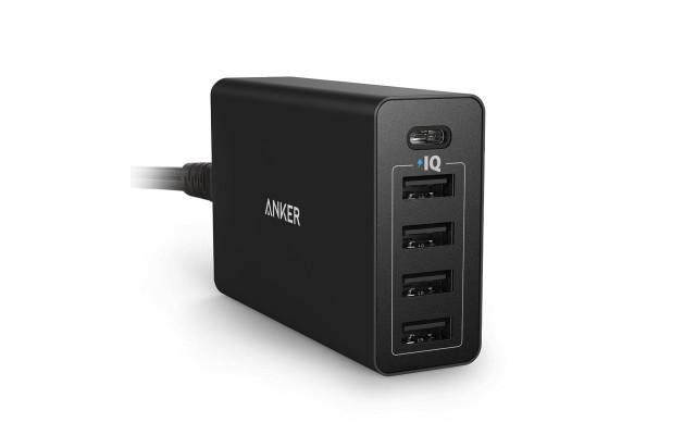MacBook 12インチも充電できる! USB-Cポート搭載の充電器「Anker PowerPort 5 USB-C」登場!