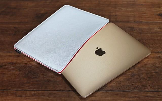国立商店、MacBook 12インチケース「職人が作るシュリンクレザースリーブ for MacBook ホワイト」発売