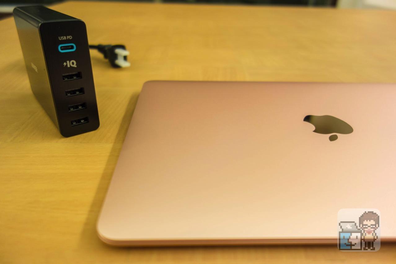 【レビュー】MacBook 12インチの急速充電も可能!「Anker PowerPort+ 5 USB-C