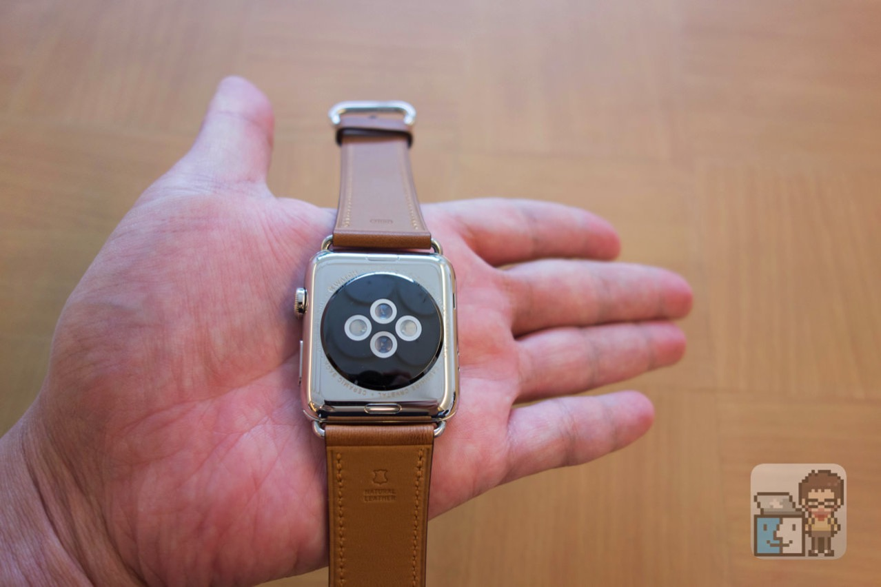 Apple watch 2 stainless steel case with saddle brown classic buckle10