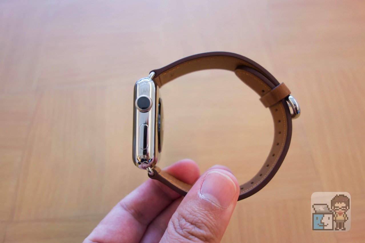 Apple watch 2 stainless steel case with saddle brown classic buckle6